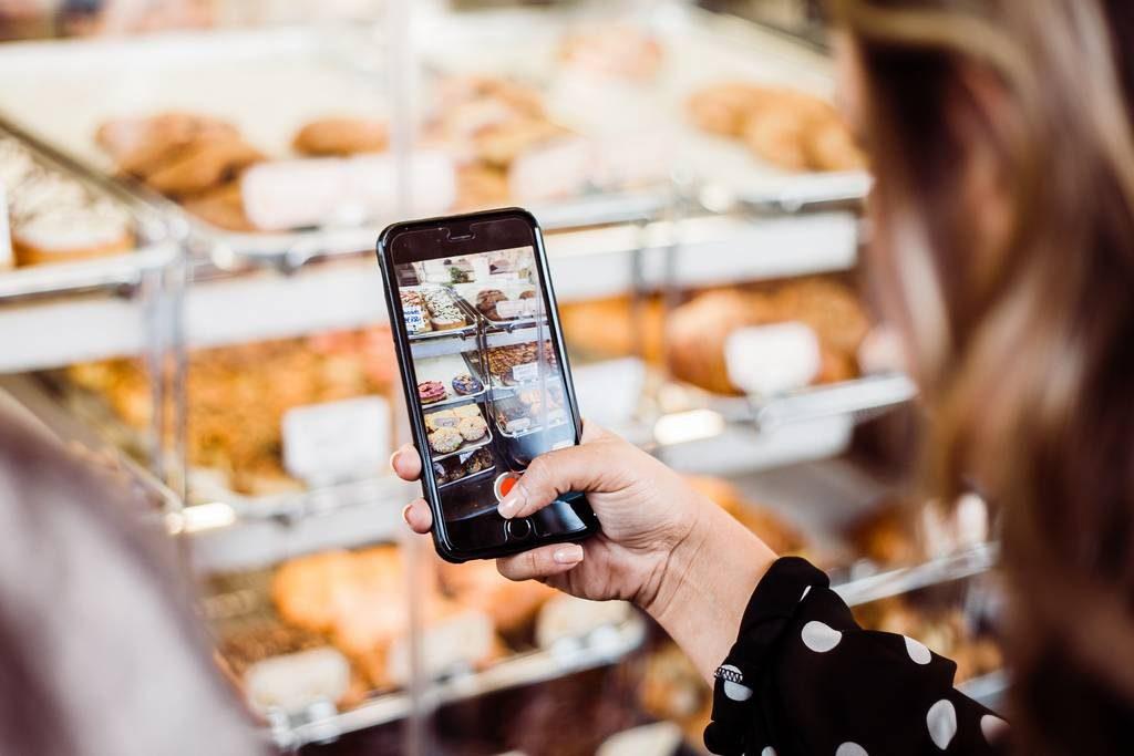 Supermarkt met telefoon